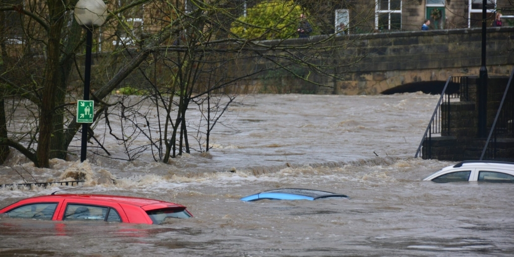 Overstromingen: getroffen landen werden gewaarschuwd